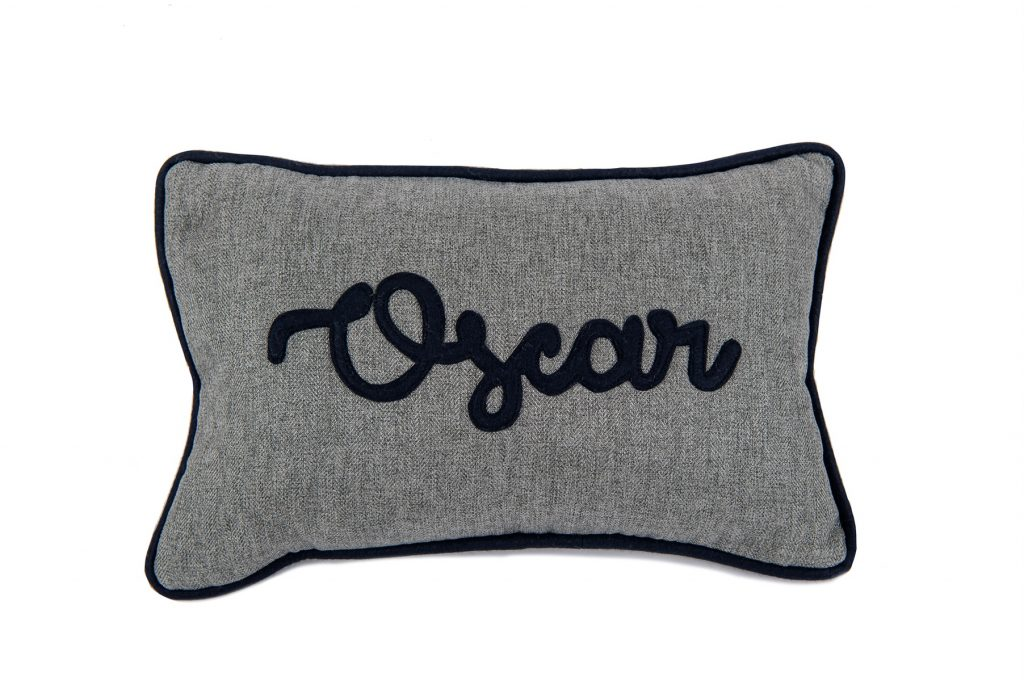 Oscar Cushion